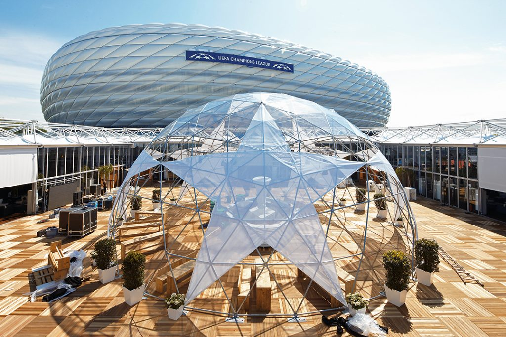 Outdoor 3D-Starball lounge, UEFA Champions League Finals, Alianz Arena