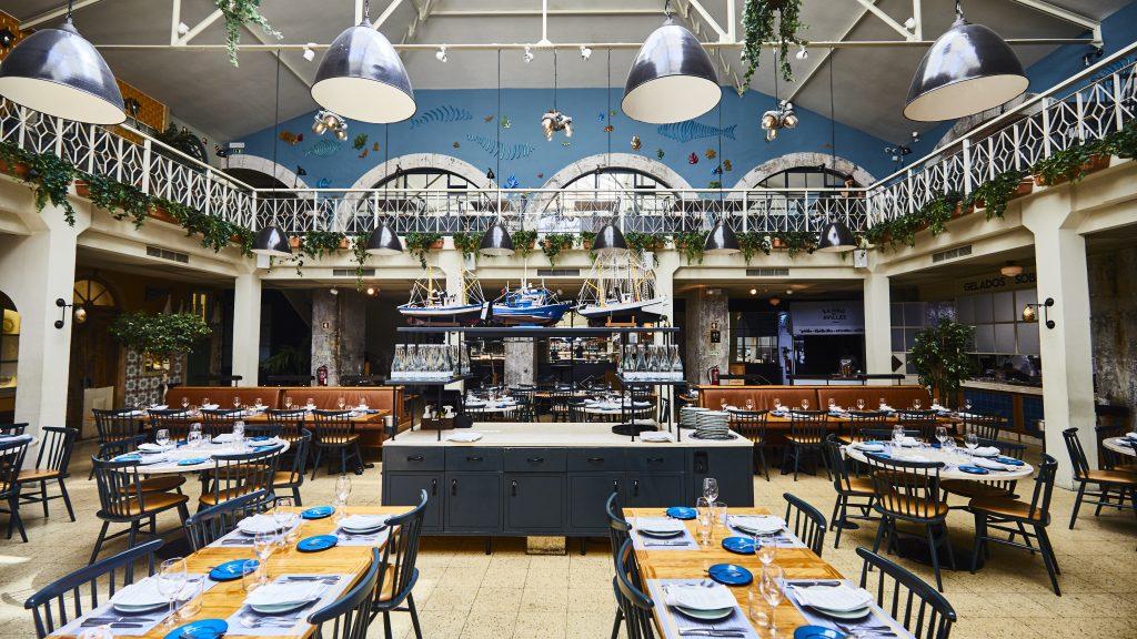 Modern restaurant design - a venue for corporate events in Lisbon