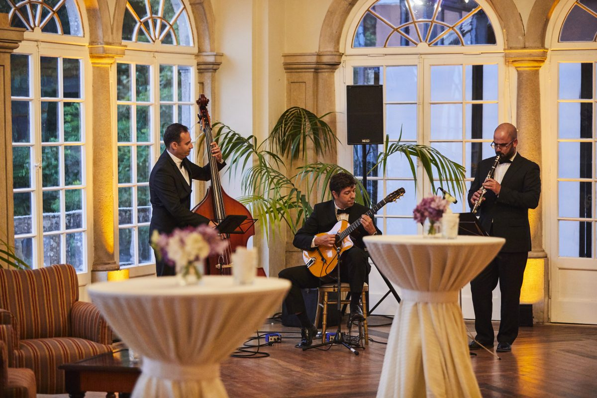 Live music at gala dinner during congress in Lisbon